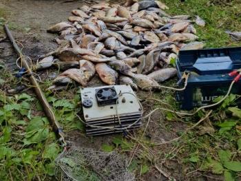 За допомогою електровудки браконьєр виловив 34 кг риби, - рибоохоронний патруль Полтавщини