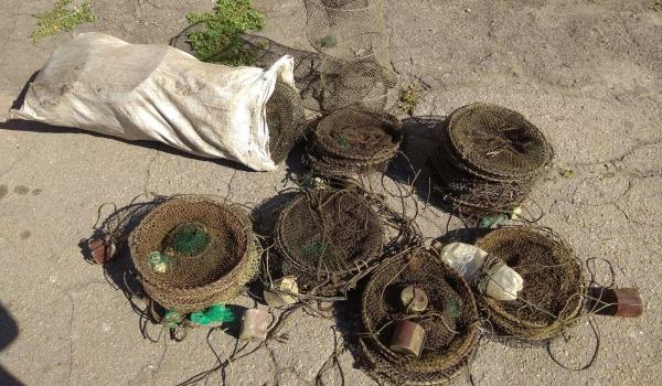 За два дні роботи з водойм вилучено 55 заборонених знарядь лову, - Запорізький рибоохоронний патруль