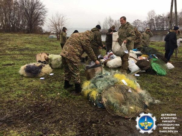 Дніпропетровським та Харківським рибоохоронними патрулями утилізовано понад 10 км сіток