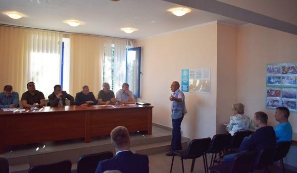 До кінця року 45 тонн малька риб за кошти промисловиків планують вселити у Кременчуцьке водосховище