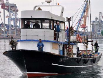 За рішенням суду конфісковано турецьку шхуну «ZOR», яка незаконно рибалила поблизу Одеси