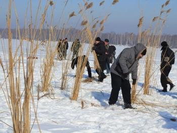 Рибоохоронний патруль Київщини взяв участь у профілактичній акції з попередження задухи риби